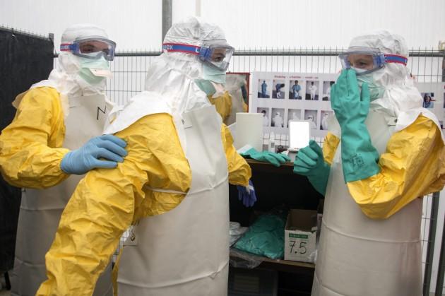 Ебола вирусна болест – Проценка на ризик при патување и транспорт: Препораки за јавно-здравствените власти и транспортниот сектор